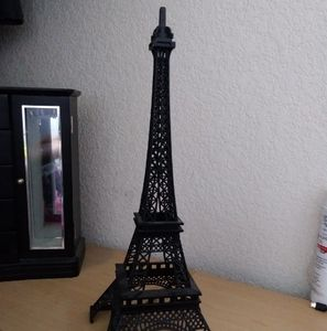 Eiffel tower room decoration